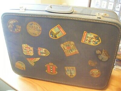 VINTAGE TRavel suite case with travel stickers