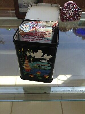 Vintage Very Colourful Chinese Tea   Caddy.