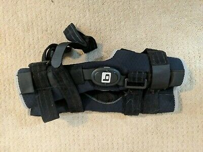Breg knee brace - hinged with sleeve medium