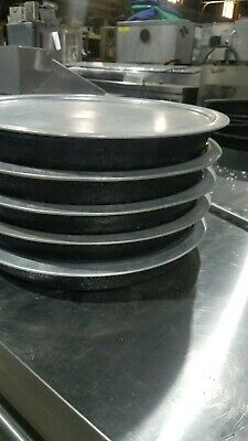 Ten (10) 12 inch pizza pans Heavy duty with aluminum lid