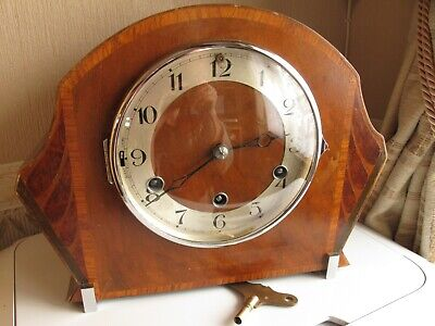 Westminster Chime Mantle Clock. Working With Key