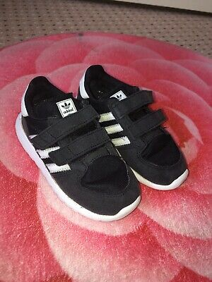 YOUNG BOYS/INFANT 3 x trainers, Adidas