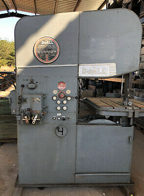 "26"" DoAll Vertical Bandsaw No. 26-3 Hydraulic Table Blade Welder"