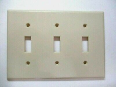 Leviton 1960s Smooth Ivory Beige Bakelite 3-Gang Switch Wall Plate Cover Vintage