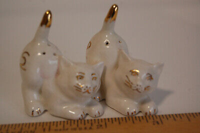 Vintage Salt and Pepper Tiny Cats Cute Mini White with Gold Little Guys