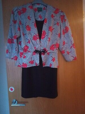 Ladies Vintage C & A Canda 2 piece Top and Skirt set size 12.  100% polyester
