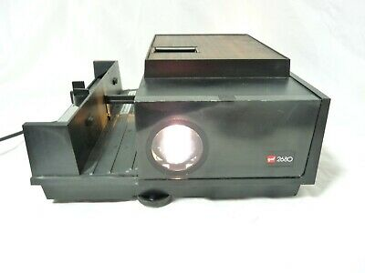 Gaf 2680 35mm Slide Film Projector -Includes wired Remote & Power Cord UNTESTED