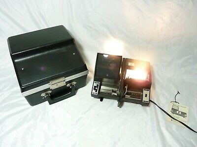 Sawyer's Slide Projector and Viewer  439-M1 Made in USA with case