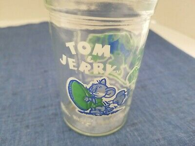 Tom and Jerry 1991 Jelly Glass ( Jerry running holding a football)