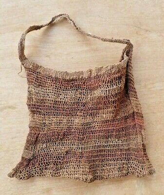 Bilum natural fiber string Bag from West Sepik Province, Papua New Guinea