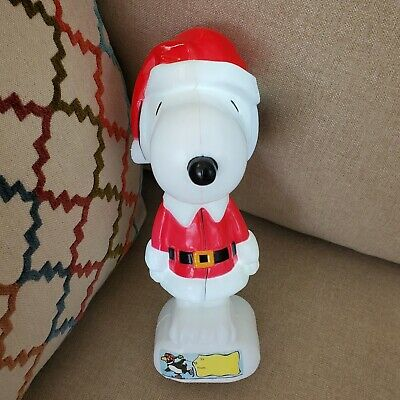 """Peanuts Snoopy Santa 2011 Light Up Plastic Toy 8.5"""" Works ~ Batteries Included"""