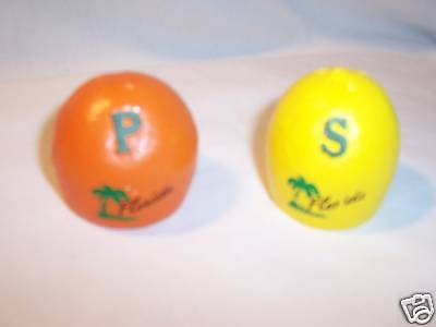 Vtg  FLORIDA  FRUIT   SALT & PEPPER SET  orange & lemon  (#2000)