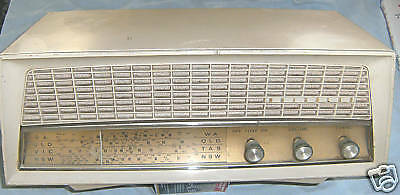 Kreisler Mantle  Radio - Model 11-81A