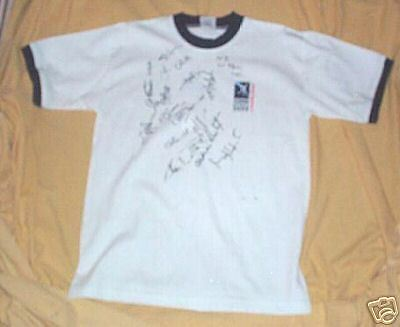 #ff. Autographed 2001 Rugby New Zealand T-Shirt