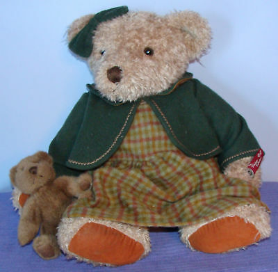 Russ Vintage Collection Lady Elspeth 44722 Retired Bear
