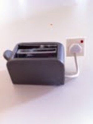 Dolls House Miniature 1/12th Scale Electric Toaster with Socket