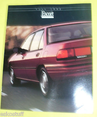 1992 Ford Escort Full Line Auto Sales Brochure SEE!