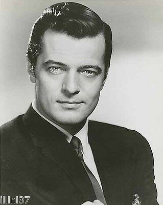 Robert Goulet 8X10 Bw Glossy Photo