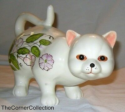Ceramic Hand Painted Cat White & Pink Bouquet