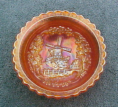 IMPERIAL Marigold Iridescent Carnival Bowl Dutch Windmill design in high relief
