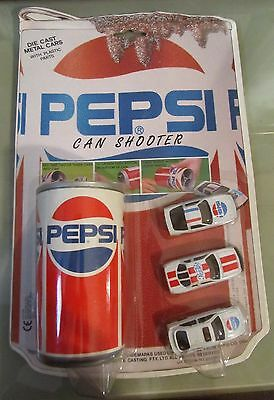 Pepsi Can Shooter + 3 Automobili Diecast 1991 Golden
