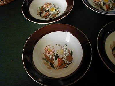 FOUR TAYLOR SMITH TAYLOR BERRY BOWLS