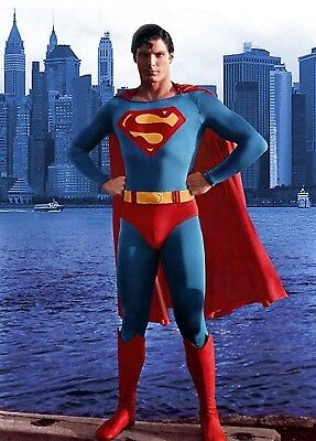 Christopher Reeve Superman 8X10 Glossy Movie Photo City