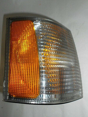 95-97 Range Rover Turn Signal Blinker Right W/ Amber Corner Light