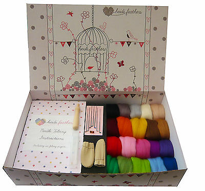 Heidifeathers® Needle Felting Starter Kit - Merino Wool, Handle, Finger Guards..