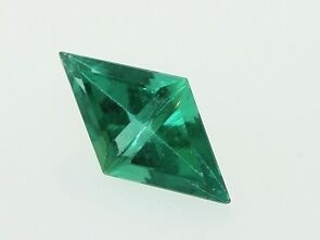 Lab Emerald Diamond Cut Gemstone .68ctw 10.0x6.0x3.0mm