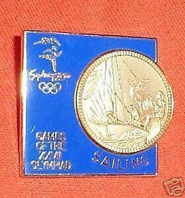 Gilt 2000 Olympic Sports Badge - Sailing