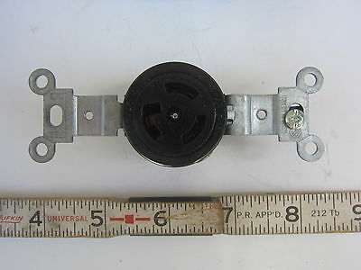 Leviton 4760 15A 277V Hubbell 4750 Style  Locking Receptacle L7-15R, New