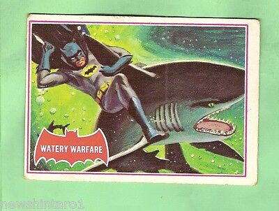 Scanlens 1966 Batman Red Bat Card #37A  Watery Warfare