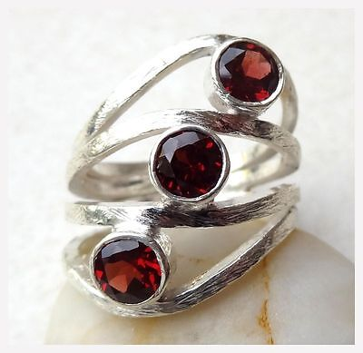 925 Sterling Silver Faceted GARNET Semi Precious GEMSTONE RING SIZE N - US 6 3/4