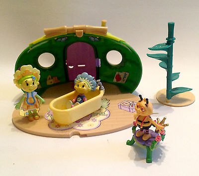 Popular Kids Tv, Fifi & the Flower Tots  toy figure Playset , good condition,