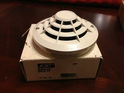 Est Edwards 5251F Fire Alarm Heat Detector