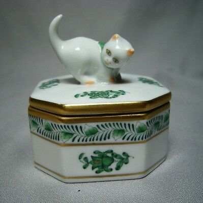 Vintage Herend Porcelain Green Gold & White Cat Top Box