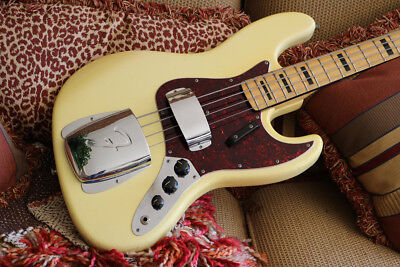 1973 Fender Jazz Bass Olympic White (#FEB0260)