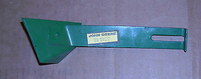 Am51637  John Deere Drill Scraper For 8 1/2 Inch Depth Bands  8000 9000 520 515