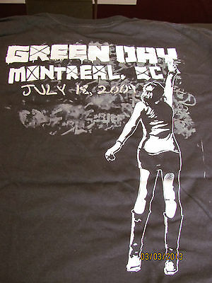 GREEN DAY  2009 Tour Shirt(OFFICIAL)  21st Century BreakdownTour  NEW  Montreal