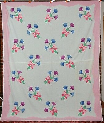 BEAUTIFUL 30's Vintage Floral Bouquet Applique Antique Quilt Top Summer Spread!
