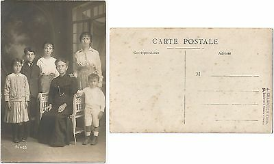 CPA family postcard famille PHOTO CHARROUIN Boulevard Thiers TOURS 37 [862 R]