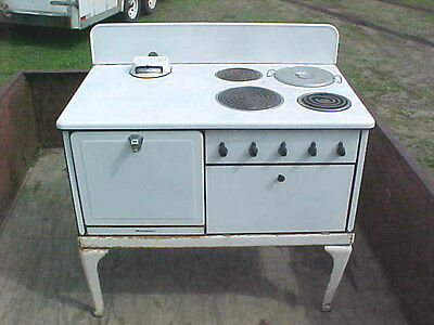 Vintage Westinghouse Model BT64 electric kitchen stove antique COOOOOL