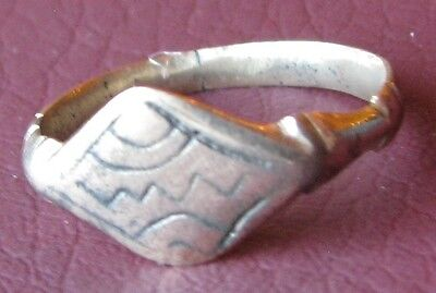 Metal Detector Find  Authentic Ancient FINGER RING Sz: 8 1/2 US 18.5mm 0934 DR