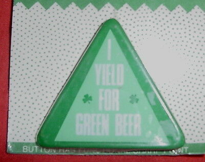 ST PATRICKS DAY IRISH YIELD GREEN BEER TRIANGLE PIN METAL CARLTON CARDS CARD NIP