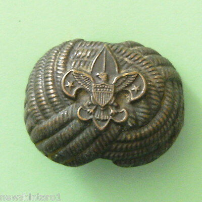 #d53. Old Scouting Metal Neckerchief  Toggle