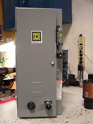 New Square D Size 0 Combination Starter 30 A Fused 120 V Coil 600 Vac 2 Hp 1 Ø