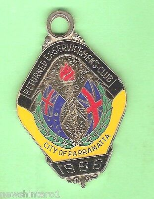 #d55. City Of Parramatta Rsl   Club  Member  Badge 1966  #3264