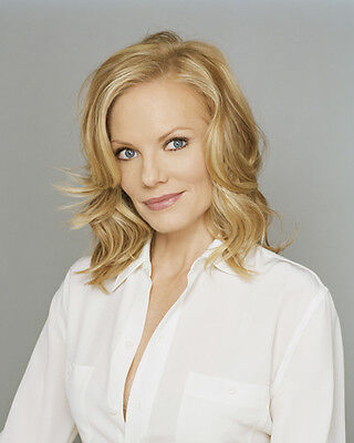 Helgenberger, Marg (14586) 8x10 Photo