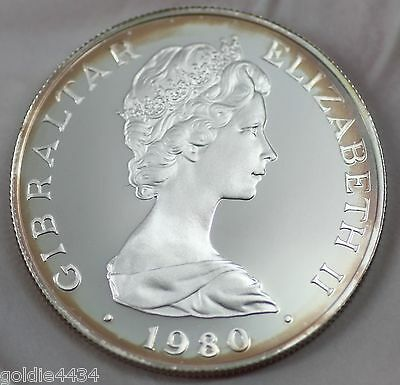 1980 GIBRALTAR 80th B-Day of ELIZABETH Queen Mother SILVER One Crown Coin (Y1)